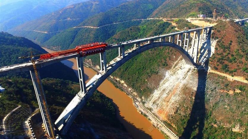 Suy nghĩ về phát triển công nghệ xây cầu ở Trung Quốc