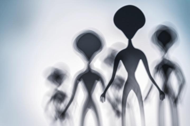 Cựu lãnh đạo chương trình vũ trụ Israel: người ngoài hành tinh đang ẩn mình chờ loài người sẵn sàng