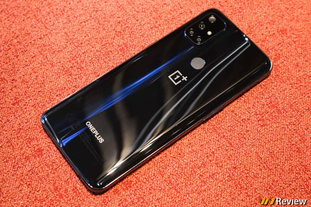 Trên tay OnePlus Nord N10 5G: