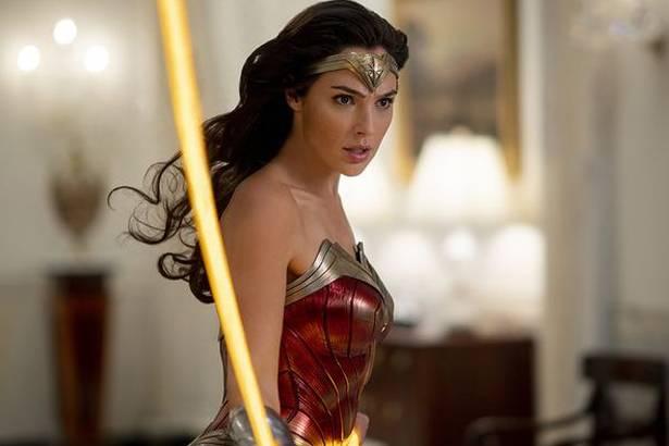 """Những điều cần biết về """"siêu bom tấn"""" Wonder Woman 1984 sắp ra rạp Việt Nam"""