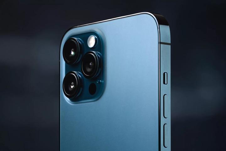 """5 """"mánh"""" chụp ảnh đêm hiệu quả trên iPhone 12, Galaxy S20"""