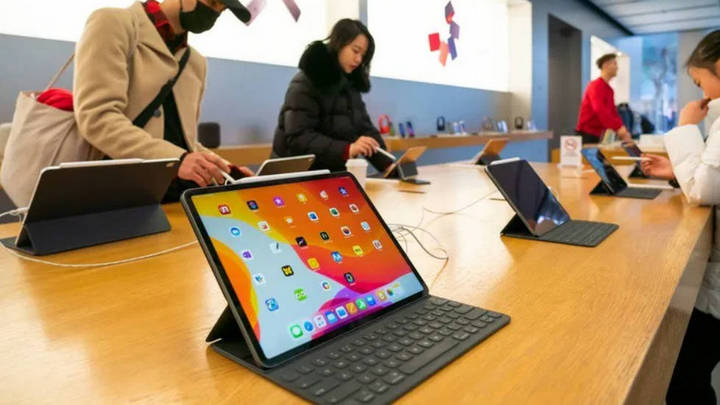 """Giá tấm nền LCD tăng """"phi mã"""" trong bối cảnh nhu cầu giải trí và mua sắm online tăng mạnh"""