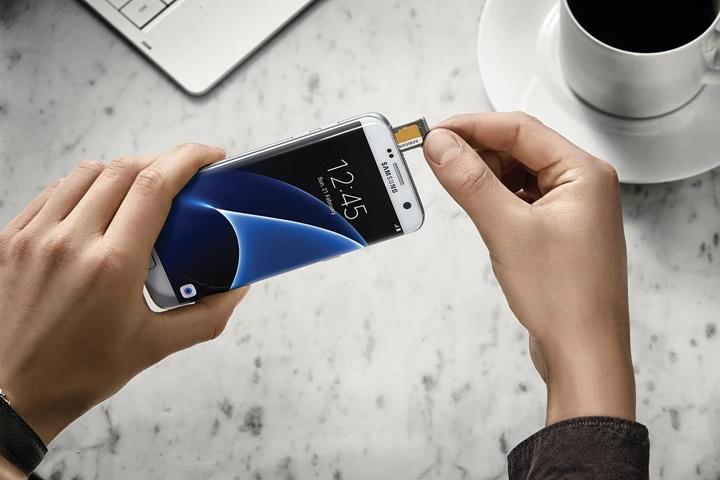 Galaxy S21 sẽ không có khe cắm thẻ microSD?