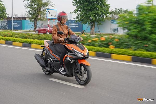 Thị trường xe máy cuối năm: Honda rục rịch tăng giá, Yamaha giảm giá