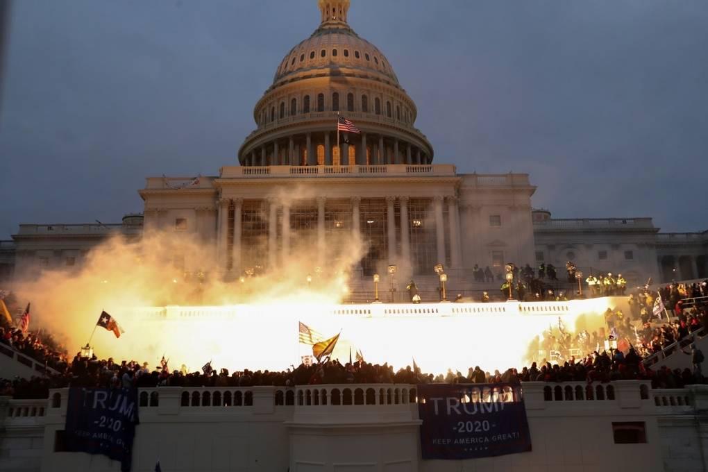 Kết quả bầu cử Tổng thống Mỹ 2020: Quốc hội mới thông qua 12/538 phiếu đại cử tri thì bạo loạn xảy ra