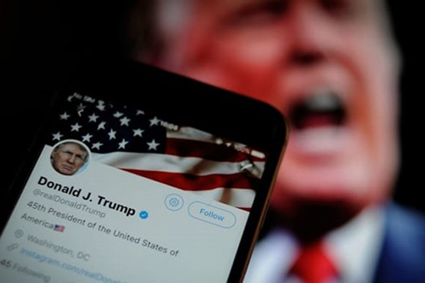 Twitter khoá vĩnh viễn tài khoản của Tổng thống Donald Trump