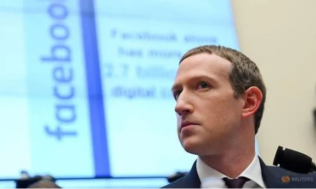 Động cơ của Facebook là gì khi cấm tài khoản Tổng thống Mỹ 11 giờ?