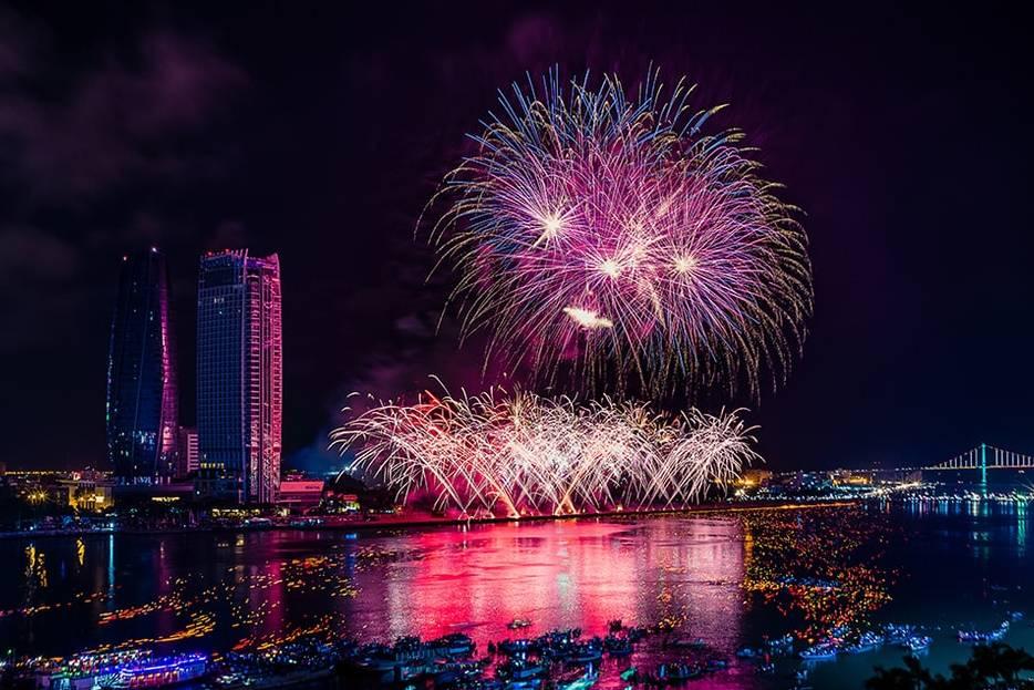 Bắn pháo hoa Tết Nguyên đán 2021 tại những điểm nào ở Đà Nẵng, Hải Phòng và Cần Thơ?