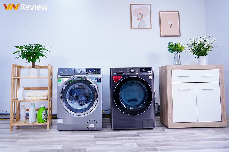 """Hai máy giặt lồng ngang """"đấu súng"""": truyền động trực tiếp hay dây curoa sẽ thắng thế?"""