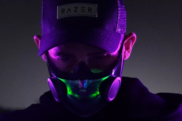 Razer trình làng khẩu trang thông minh: Tích hợp mic và loa, LED Chroma RGB