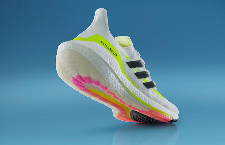 Adidas ra mắt giày chạy mới Ultraboost 21