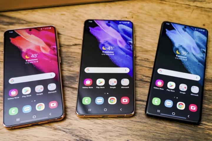 """Galaxy S21 đang học theo """"thói hư tật xấu"""" của iPhone 12"""