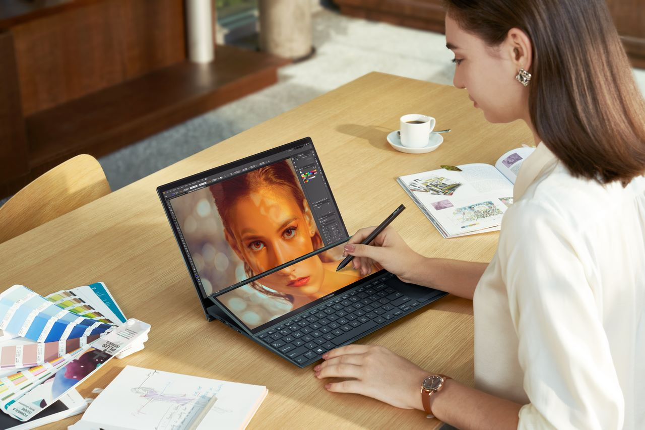 CES 2021: Asus công bố dải sản phẩm ZenBook hai màn hình thế hệ mới với tính năng ScreenPad Plus nghiêng tự động