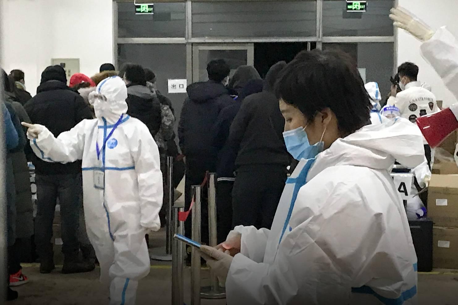 Đáng sợ ca bệnh 'siêu lây nhiễm' lây lan Covid-19 cho 102 người khác tại Trung Quốc