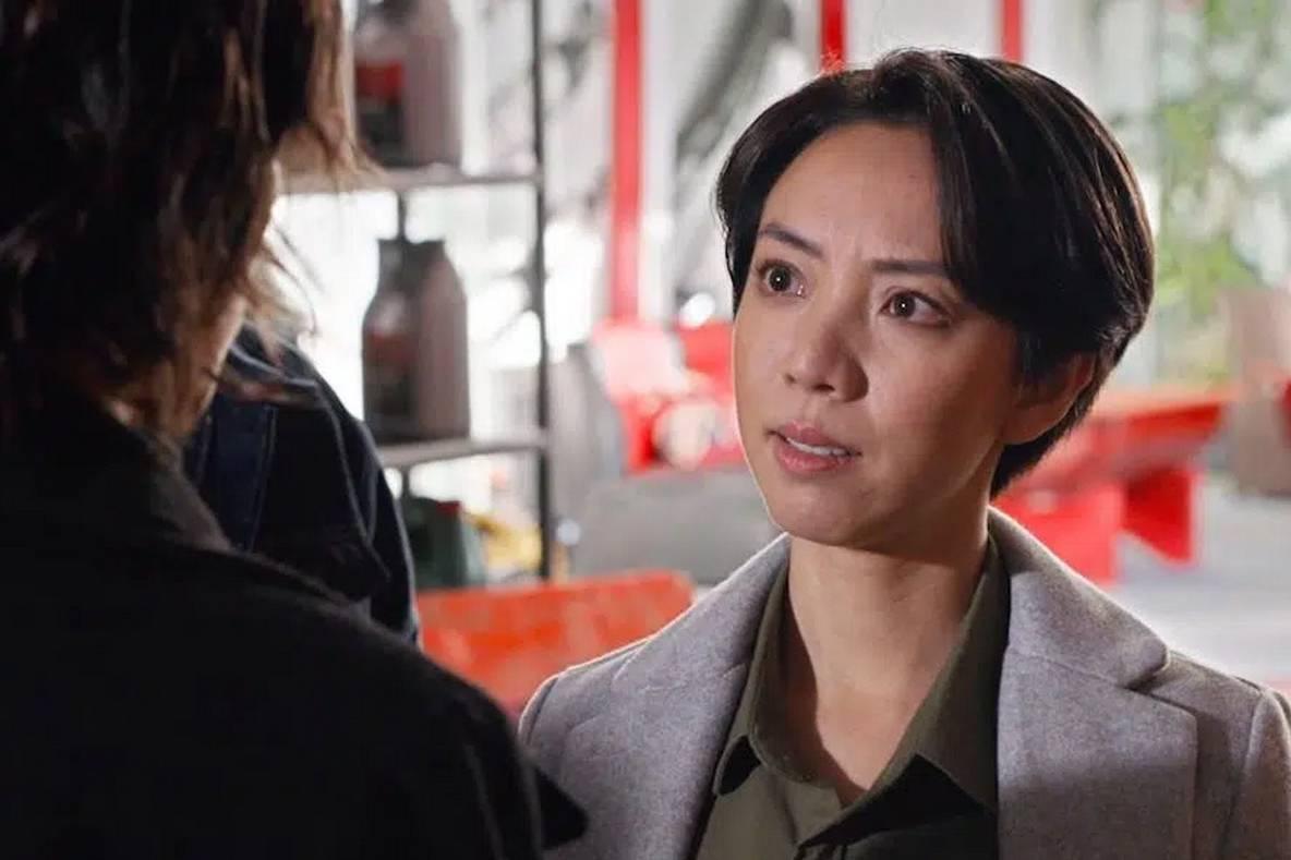 'Chị Mười Ba 2' của Thu Trang cán mốc 100 tỷ đồng dù phim chưa hay