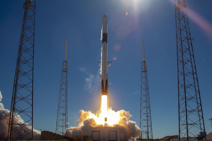 Nga tính phạt tiền người dân sử dụng dịch vụ Internet qua vệ tinh Starlink của SpaceX