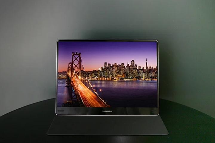 Màn hình OLED 90Hz: Samsung kỳ vọng trải nghiệm mới mẻ cho laptop