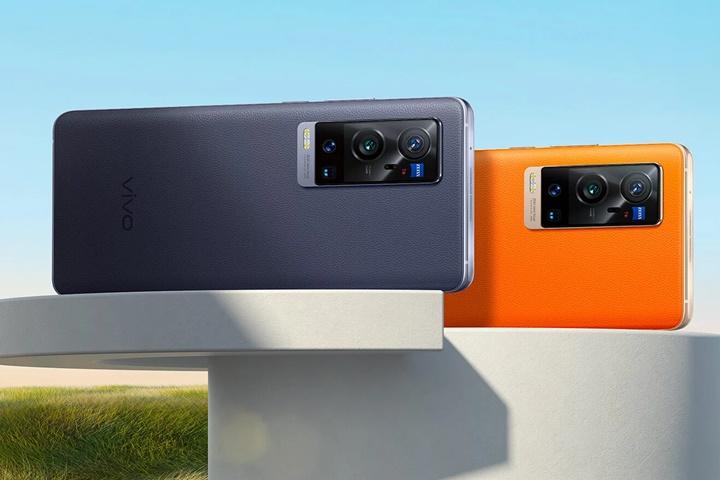 Vivo X60 Pro+ ra mắt với Snapdragon 888, hai camera chính phía sau