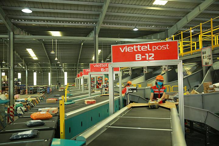 Viettel Post mở trung tâm logistics tự động tại TP.HCM