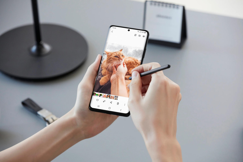 Samsung đặt mục tiêu bán được 26 triệu thiết bị đối với dòng Galaxy S21