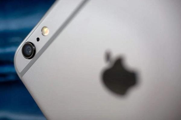 """Apple bị người dùng Ý kiện vì cố ý """"làm hỏng"""" iPhone của người dùng"""