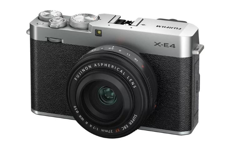 Fujifilm trình làng chiếc máy ảnh mirrorless X-E4 thu gọn