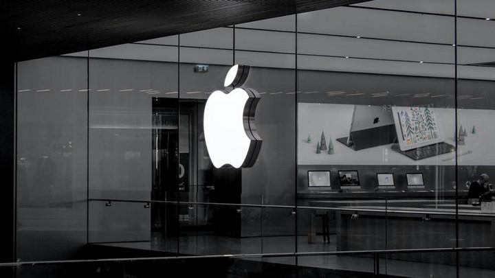 Apple trở thành thương hiệu giá trị nhất thế giới sau hơn nửa thập kỷ tụt hạng