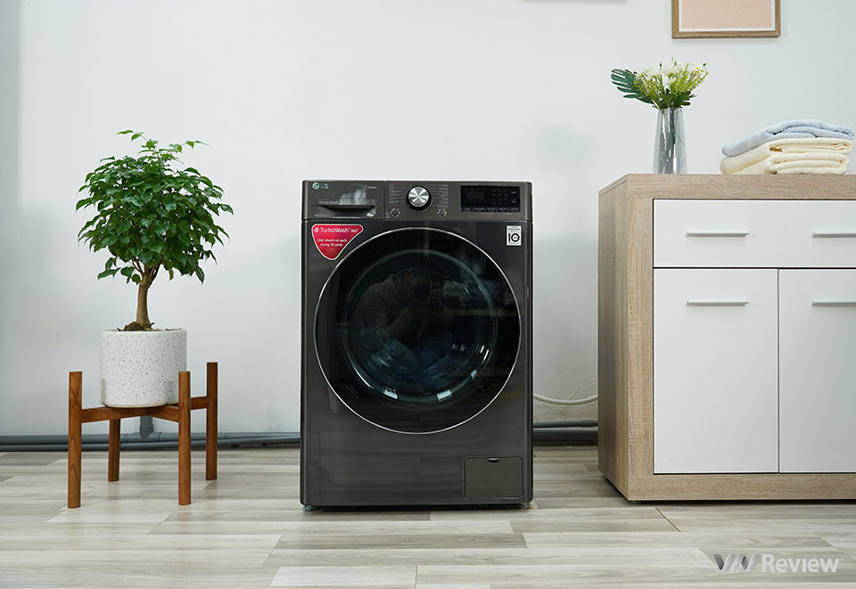 Với công nghệ AI máy giặt Lg có thể đô khối lượng và độ mềm của đồ