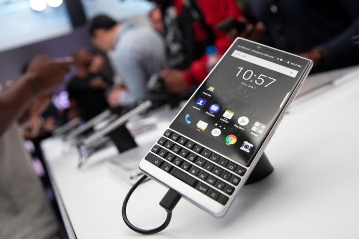 BlackBerry sắp trở lại thị trường châu Á nhờ Foxconn và một startup lạ đến từ Mỹ
