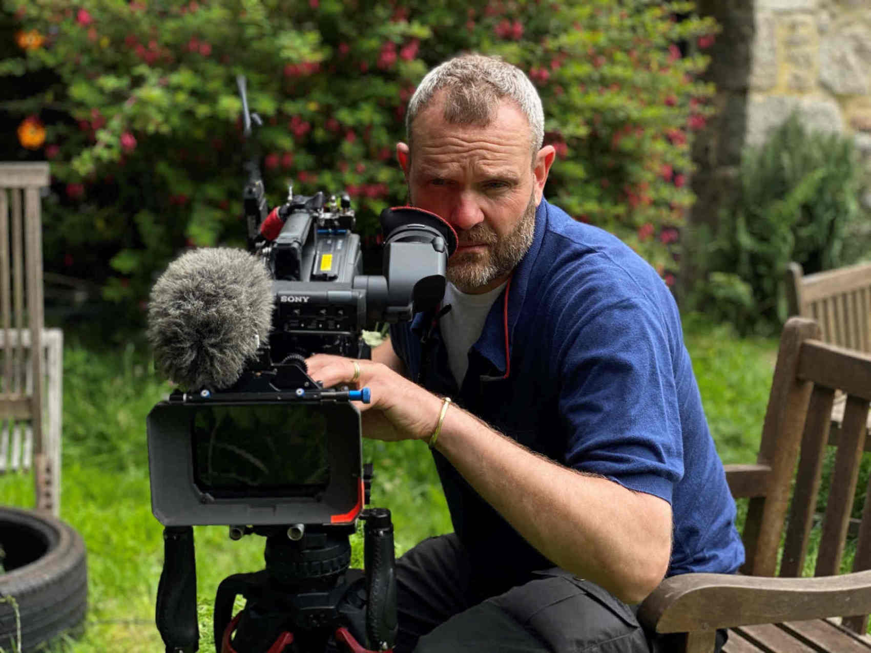 Nhu cầu đối với máy quay phim Sony tăng mạnh bất chấp đại dịch