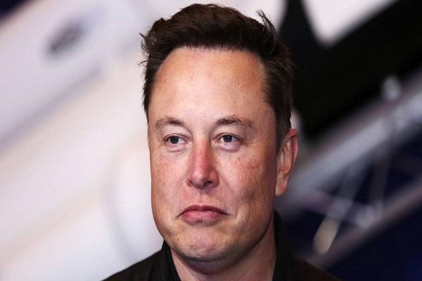 Elon Musk sở hữu khoảng 1/3 tổng số vệ tinh bên ngoài Trái Đất