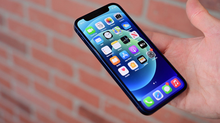 """Apple vẫn tiếp tục nghiên cứu dòng """"mini"""" bất chấp doanh số yếu kém của iPhone 12 mini"""