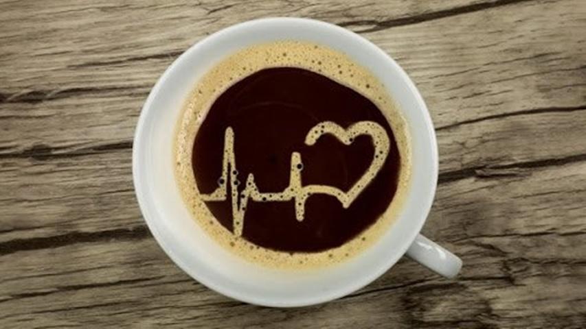 Nghiên cứu mới: Uống quá nhiều cà phê có thể làm tăng nguy cơ bị bệnh tim mạch