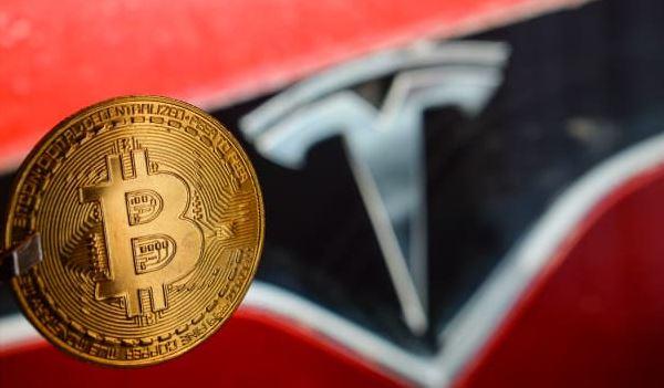 Tesla kiếm lời 1 tỷ đô từ bitcoin, lời nhiều hơn bán ô tô cả năm
