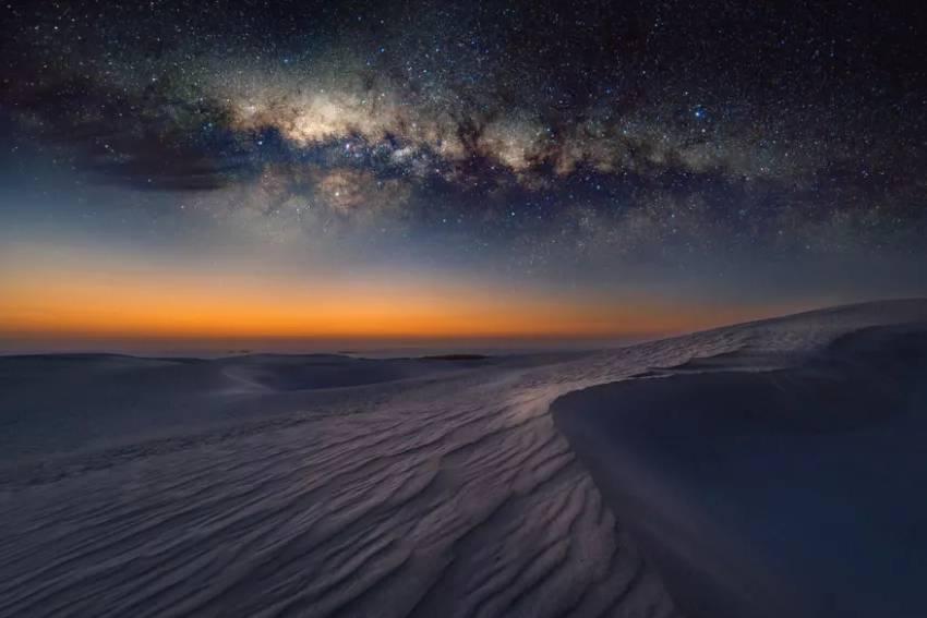 Tại sao sa mạc nóng ban ngày nhưng lại lạnh âm độ vào ban đêm?