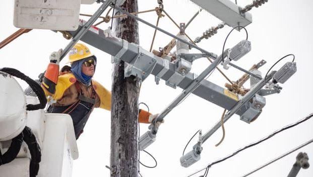 Nguyên nhân mạng lưới điện bang Texas tê liệt trong băng giá