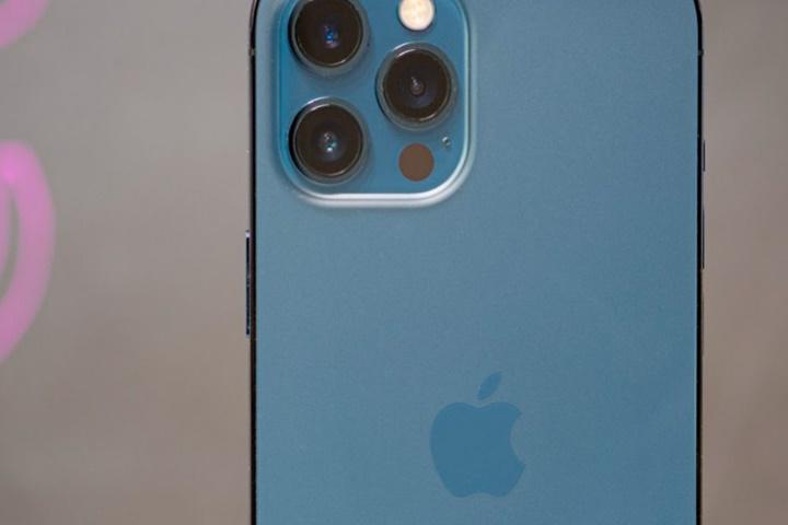 iPad mini có thể bị thay thế bằng iPhone cỡ lớn, có bút cảm ứng