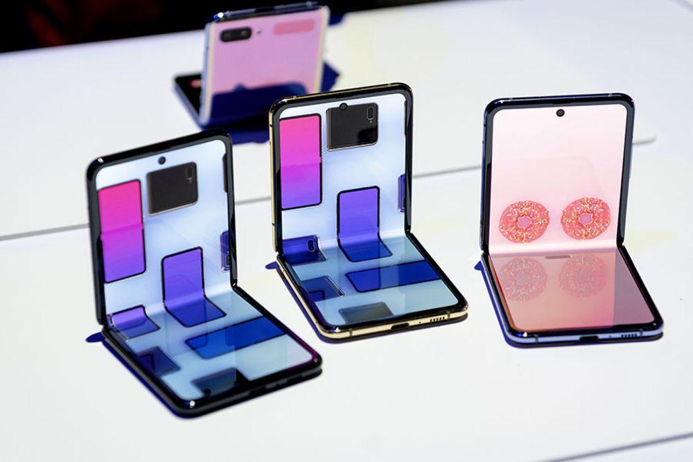 Samsung sắp bán màn hình OLED gập được cho Oppo, Xiaomi, Google