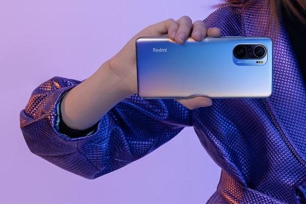 Dòng Redmi K40 ra mắt tại Trung Quốc: Snapdragon 870/888, màn hình 120 Hz, giá từ 7,1 triệu đồng