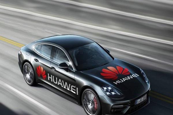 """Huawei chuẩn bị làm xe điện hòng thoát """"vòng kim cô"""" của Mỹ"""