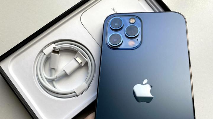 Hài hước câu chuyện mua iPhone 12 Pro Max nhận hộp sữa chua vị táo