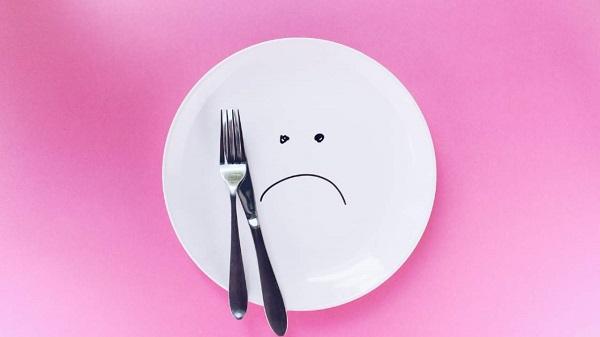 Nhịn ăn có giúp giảm mỡ bụng?
