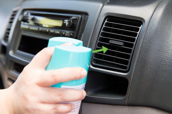 4 mẹo khiến việc khử mùi xe ô tô trở nên đơn giản
