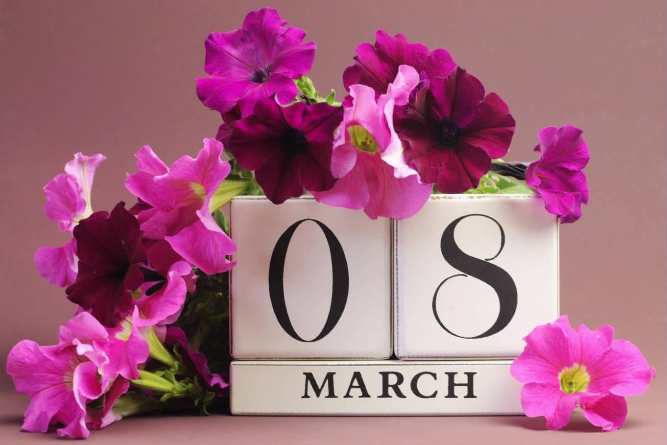 Lời chúc ngày 8/3 ý nghĩa nhất tặng mẹ, vợ, người yêu, em gái... bằng tiếng Anh và tiếng Việt