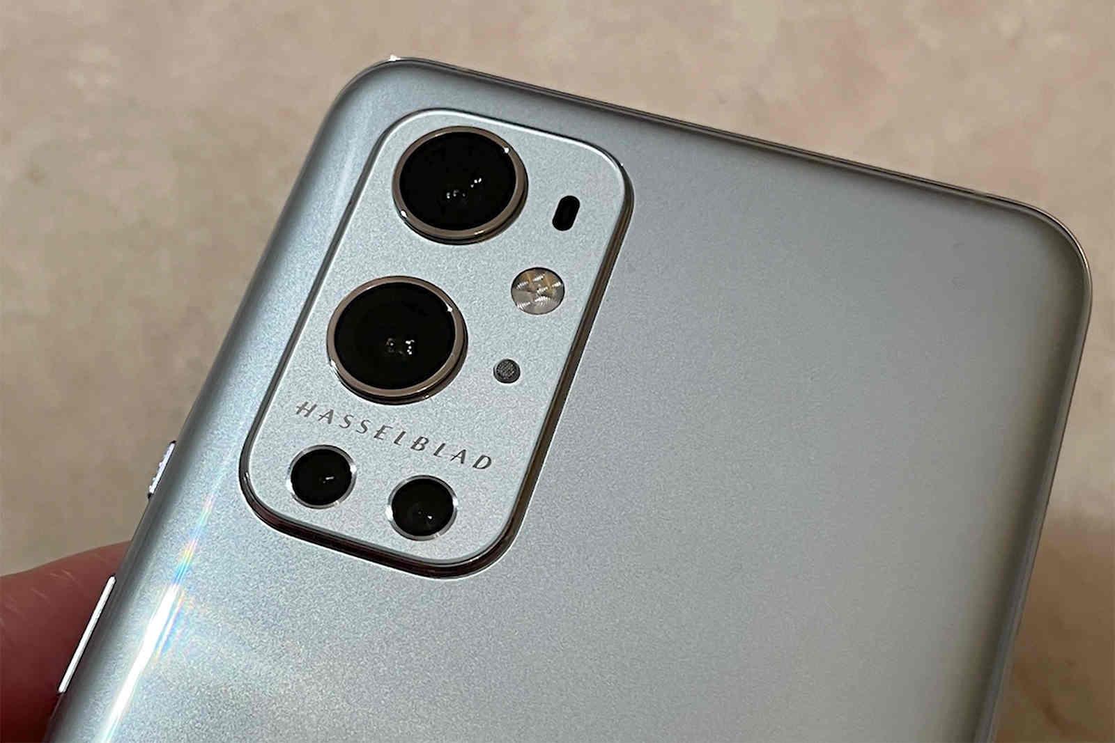 Đừng bị lóa mắt bởi nhãn hiệu Leica, Hasselblad... trên điện thoại Trung Quốc