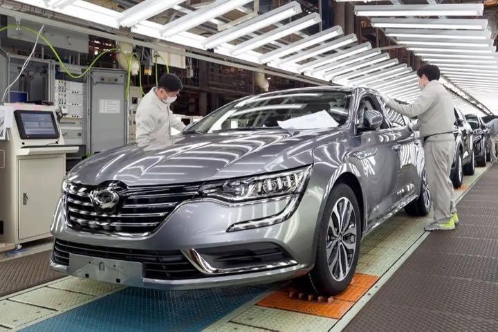Ngành công nghiệp ô tô Hàn Quốc: Ai được? Ai mất?
