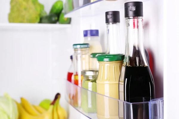 Cần biết về cách trữ thức ăn trong cánh cửa tủ lạnh