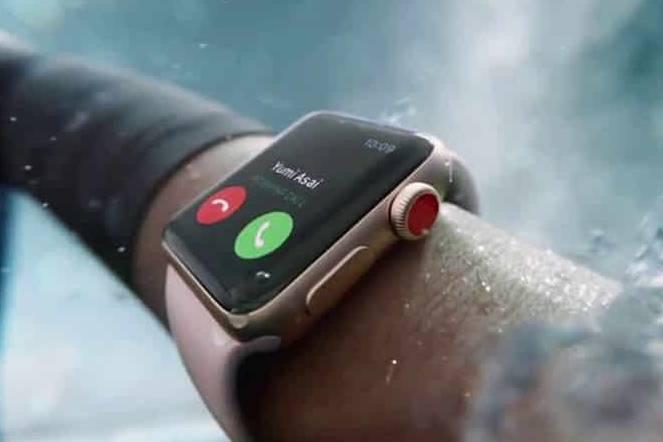 Chiếc Apple Watch của bạn đang đeo có thể không chống được nước!