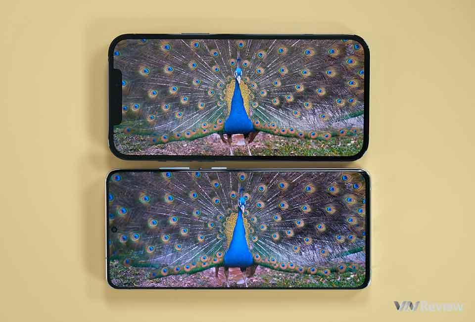 """Đọ Galaxy S21 Ultra và iPhone 12 Pro Max: cuộc chiến của hai smartphone """"ngoại hạng"""""""