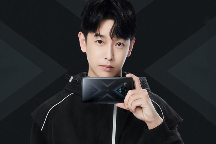 Xiaomi Black Shark 4 và 4 Pro ra mắt với sạc 120W, màn hình 144Hz